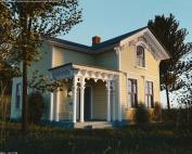 Candy Lane frame cottage